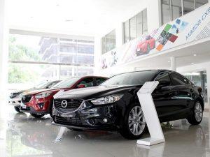 showroom ô tô tại Mazda Cộng Hòa