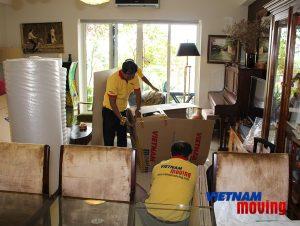 công ty chuyển nhà giá rẻ quận 2 - VietNam Moving