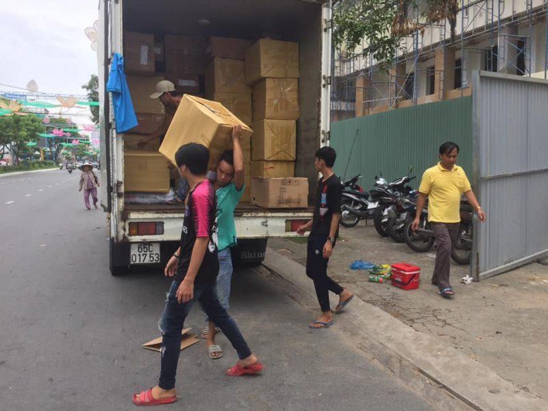 xe tải chở hàng Cần Thơ