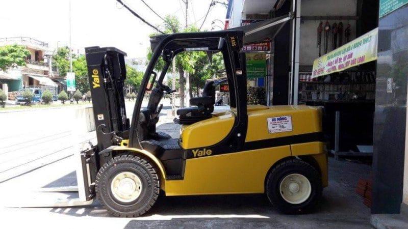 cho thuê xe nâng hàng Tín Quang