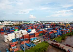 tìm vị trí container cảng Vict