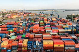 tra cứu vị trí container nhằm xác định vị trí chính xác của hàng hóa